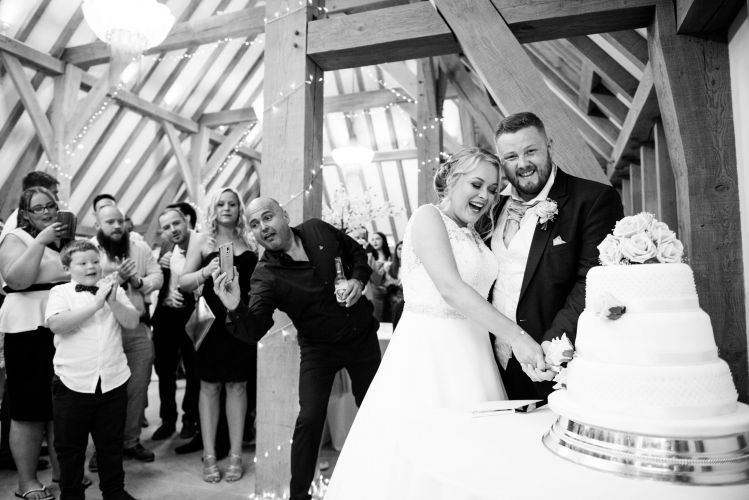 the_old_kent_barn_wedding_photographer_scott_kendall_photography_91