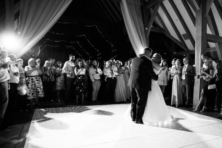 the_old_kent_barn_wedding_photographer_scott_kendall_photography_92